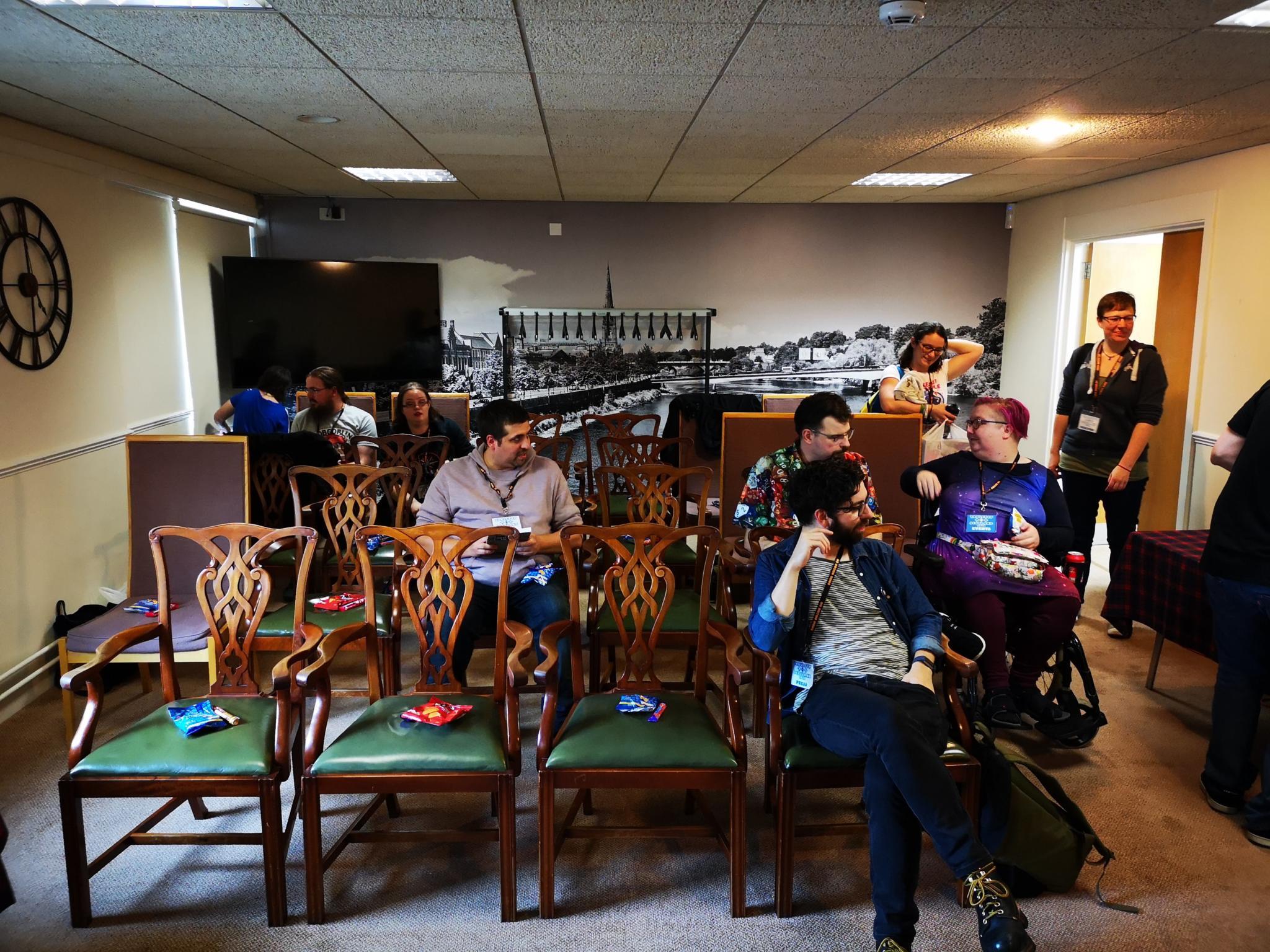 Seminar room filling up