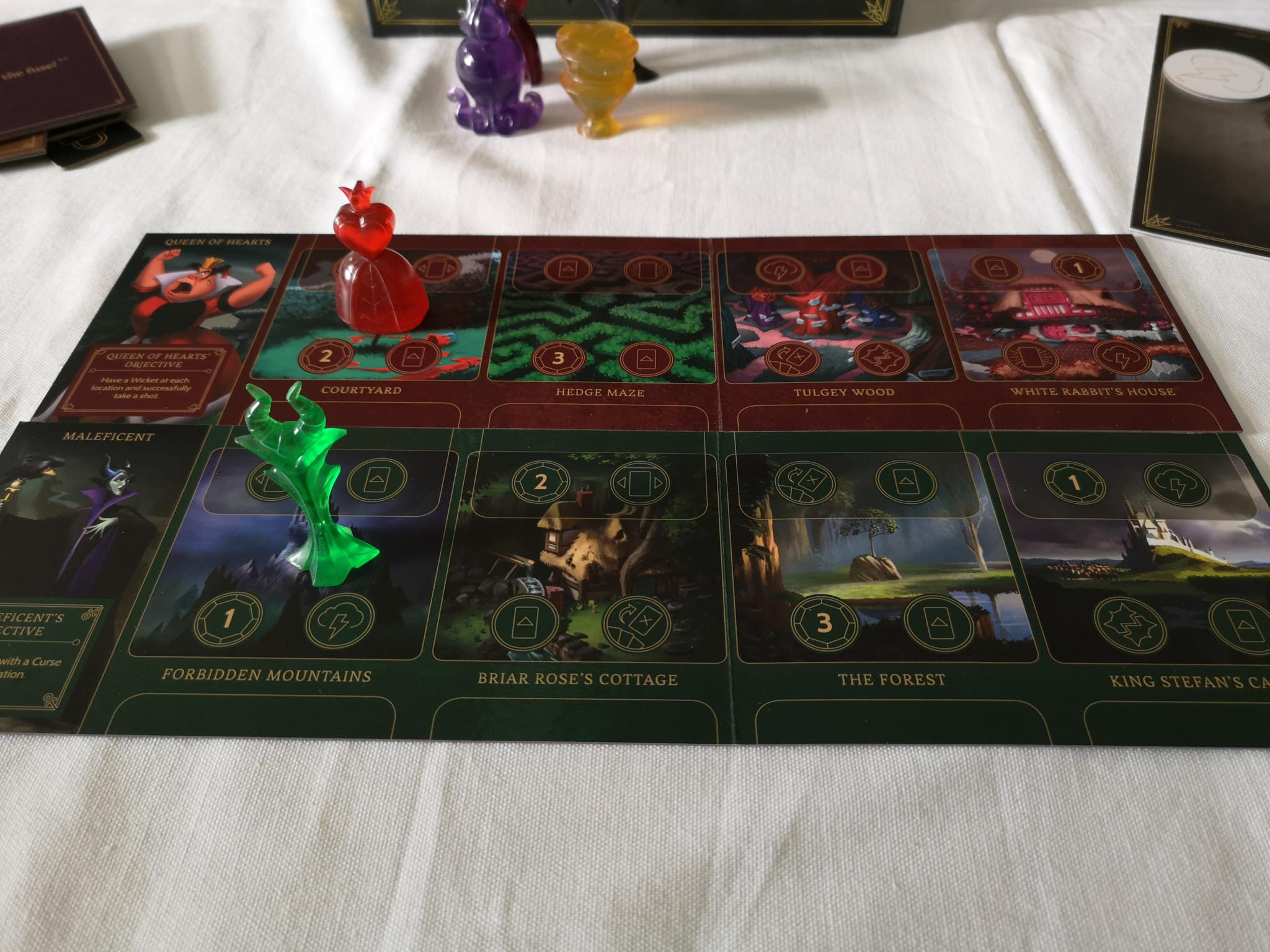 Player boards in Villainous